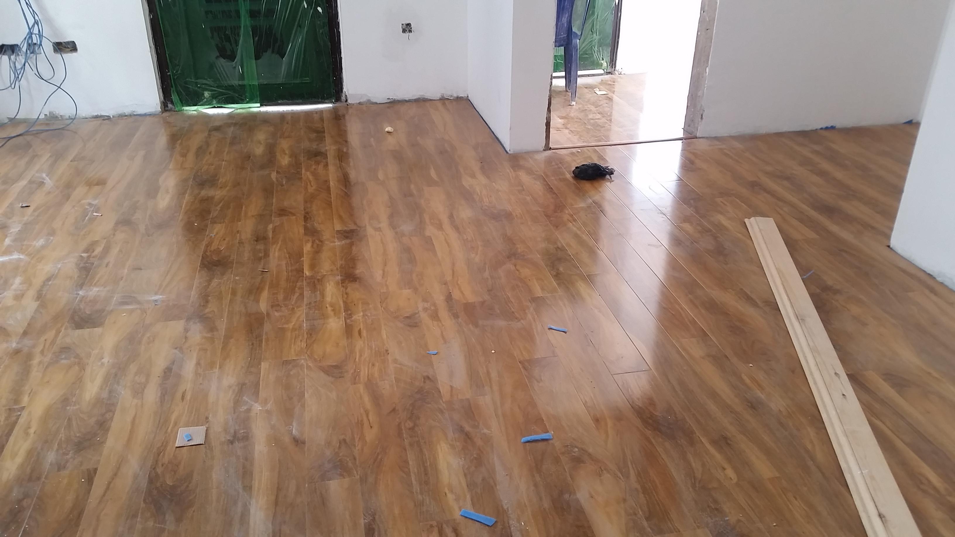 Laminated Wooden (Parquet) Flooring